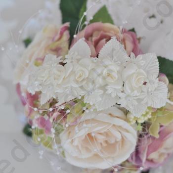 Булчински аксесоар за коса със сатенени рози в цвят екрю, модел D024