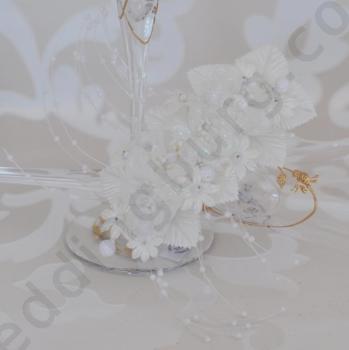Булчински аксесоар за коса с цветя от органза в цвят екрю, модел D025