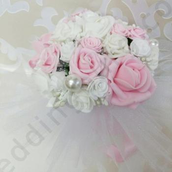 Булчински букет в розово, модел F026