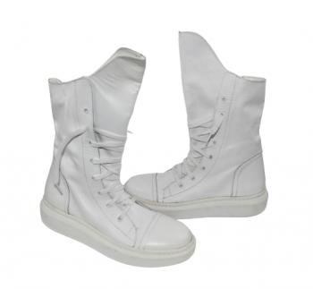 Дамски ботуши с връзки в бяло 123
