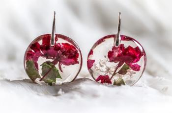 Дамски кръгли обеци от смола