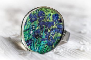Дамски пръстен от смола