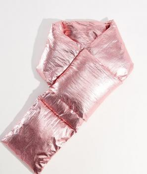 Ефектен дамски шал в розово Mohito