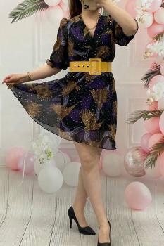 Ефектна, къса рокля с буфан ръкави