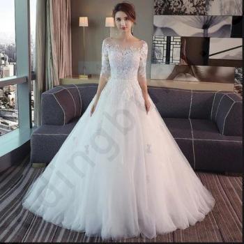 Класическа сватбена рокля тип принцеса