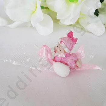 Подаръци за кръщене - фигрука на бебе с бонбон
