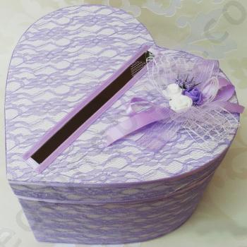 Сватбена кутия във форма на сърце КК021