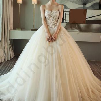 Сватбена рокля от матов сатен,Цвят Ivory