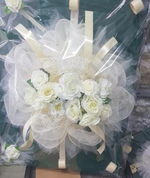 Сватбена украса за кола с рози модел CD005