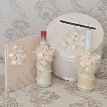 Сватбен комплект ритуални вина, кутия и книга, модел KA032