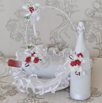 Сватбен комплект с червени рози, модел KA035