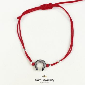 Сребърна гривна с червен конец модел SBT44
