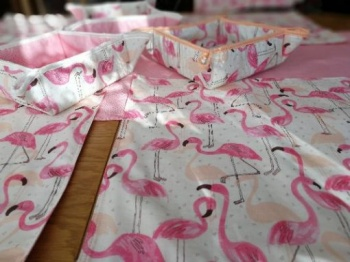 Тишлайфер за маса &8211 фламинго