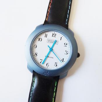 Часовник Benetton с каишка от естествена кожа