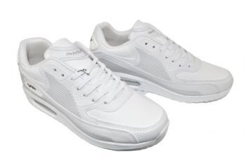 Юношески маратонки в бяло 2